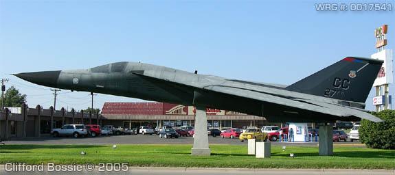 General Dynamics F-111F Aardvark/70-2364