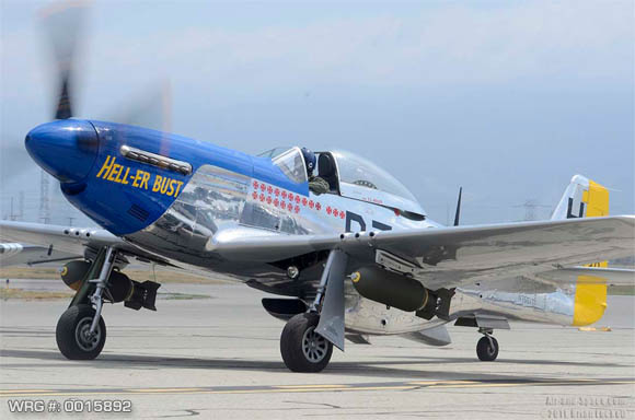 P-51 MUSTANG/44-72438